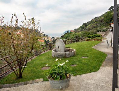 108 vista giardino macina nuvoloso